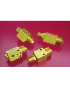 Air-Piloted Valve, Nut & Washer